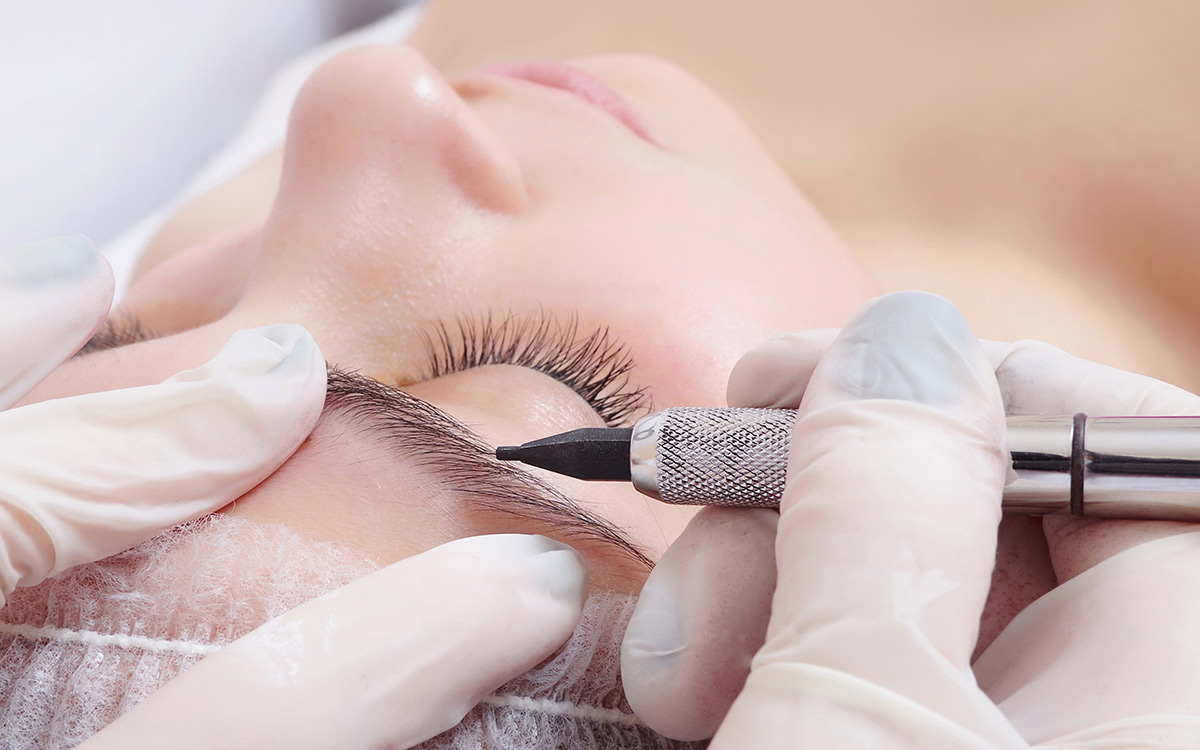 Semi-permanent eybrow tattooing
